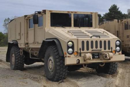 HUSKY Military Vehicle 1 Veer